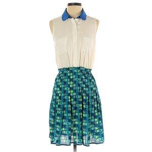LIKE NEW S Sleeveless Collared Button Shirt Dress